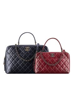 Lambskin bowling bag embellished with a Chanel Metallic Plate- CHANEL Chanel  Fashion Show, Fashion 4d0aefc4ae