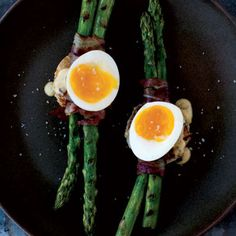Grilled Asparagus and 6-Minute Egg: This gourmet salad is light and fresh, perfect for summer. | Health.com