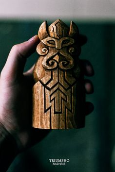 Handcarved handly wooden statuette Týr .  Týr is a god of war and will take mead, meat and blood for sacrifice. If a warrior carved the rune Tîwaz on his weapon he would be dedicating it to Týr and strengthen the outcome of a battle to be in his favor. He is the son of god Odin. Associated with law and heroic glory in Norse mythology   Dimensions: 13 cmc tall. Handmade. One of a kind in the world.  Its great and original gift!   Your item will be shipped using a trackable service. A…