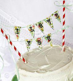 "Make an ""I Love You"" cake bunting"