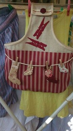 1 - Best Sewing Tips Fabric Crafts, Sewing Crafts, Sewing Projects, Clothespin Bag, Fabric Storage Baskets, Peg Bag, Plastic Bag Holders, Cross Stitch Heart, Sewing Aprons