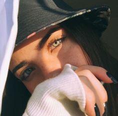 Resultado de imagen para flavia pavanelli Cute White Boys, Cute Girls, Girl Pictures, Girl Photos, Girls Twitter, Most Beautiful Eyes, Beautiful People, Tumblr Image, Cute Girl Face