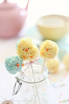 Craftberry Bush: *Rice Krispies Easter chick pops--Rice Krispies balls dipped in chocolate and then sprinkled with coconut!