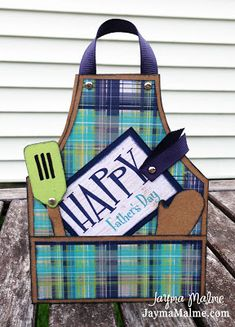 Playing with Paper - Scrapbooks, Cards, Cricut, Paper Crafts, Stamps New Fathers, Fathers Day Cards, Apron Tutorial, Karten Diy, Bbq Apron, Father's Day Diy, Shaped Cards, Diy Cards, Men's Cards