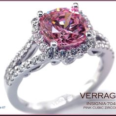 I've been trying to decide If I want a pink diamond wedding ring or not for yrs now, still not sure but I love this ring