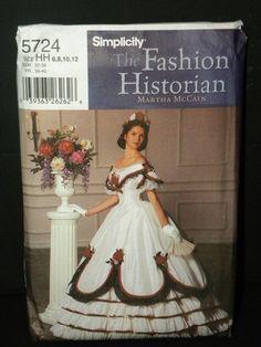 simplicity-civil-war-ballgown-pattern-5724-photo-picture-image-on--157129.jpg (338×450)