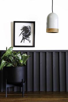 The small Zenith planter is the ideal desk companion. #planter #desk #decor #style #black Dark Horse, Light Decorations, Decorative Accessories, Interior Architecture, Pendant Lighting, Modern Furniture, Planter Pots, Desk, Horses