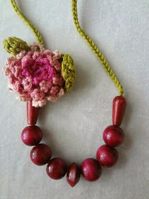 Little Treasures: Crocheted flower and bead necklace - magenta