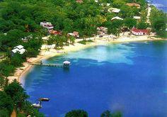 Half Moon Bay, West End, Roatan, Honduras