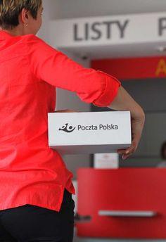 1 de cada 4 econsumidores polacos gastarán más en línea  Uno de cada cuatro consumidores en línea de Polonia tiene previsto aumentar sus gastos en compras online. También están gastando más en ropa y accesorios y menos en dispositivos móviles que hace un año. Además, los hombres gastan más en electrónica, mientras que las mujeres gastan más en libros, CDs y películas.  http://www.losdomingosalsol.es/20161030-noticia-1-cada-4-econsumidores-polacos-gastaran-mas-online.html