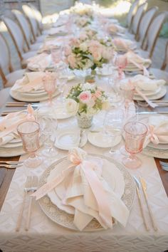 Glamorous + Romantic Sonoma Summer Wedding Photographed by Allyson Wiley, this romantic wedding at Ramekins Culinary Institute had a color palette of blush, cream and ivory with bouquets of roses. Elegant Table Settings, Beautiful Table Settings, Wedding Table Settings, Place Settings, Pink Table Settings, Brunch Table Setting, Romantic Table Setting, Wedding Tables, Wedding Centerpieces