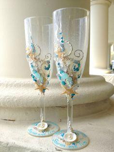 Beach wedding toasting flutes starfish wedding by PureBeautyArt