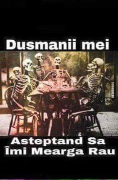 Dusmanii mei asteptand..:)) Lol So True, Teen Wolf, Cringe, Romania, Ali, Boss, Funny Pictures, Technology, Humor