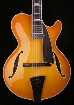 OOOOH! Right in my hometown. Collings Guitars CLJAZZ http://www.maplestreetguitars.com/show_item.php?dep=05=125=CLJAZZ#