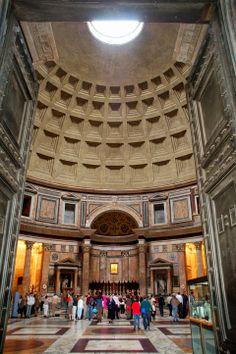 El mundo de Avekrénides.                     : El Panteón. Roma.