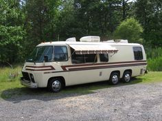 Story Of A Classic: The GMC Motorhome   Q: What is the Best Used Class A RV? GMC Motorhomes BestClassA.com