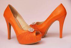 Zapatos de Novia, Rodrigo Hernández Color Naranja con Tul y Diamante Búscanos en Facebook Rodrigo Hernandez