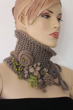 Hand knitted and Crocheted Pale Olive Scarf by levintovich Col Crochet, Crochet Collar, Freeform Crochet, Irish Crochet, Hand Knitting, Knitting Patterns, Crochet Patterns, Crochet Scarves, Crochet Clothes