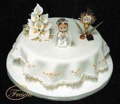 torta primera comunion - Buscar con Google Baptism Cross Cake, First Holy Communion Cake, First Communion Decorations, Cross Cakes, Religious Cakes, Confirmation Cakes, Single Layer Cakes, Fondant Decorations, Cute Cakes