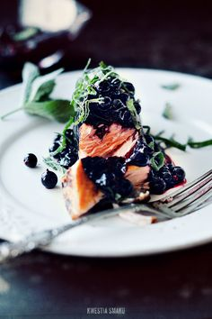 Cayenne salmon with blackcurrant chutney