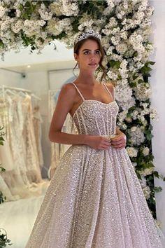 Beautiful White Dresses, Elegant Dresses, Beautiful Bride, Pretty Dresses, Chiffon Wedding Gowns, Wedding Bridesmaid Dresses, Dream Wedding Dresses, Ball Dresses, Evening Dresses