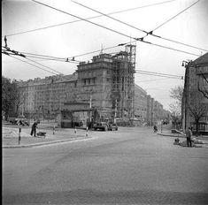 FOTO a VIDEO: Príbeh domu na Račianskom mýte, ktorý preslávila aj vôňa čerstvého chleba | Život v meste | Bratislavské noviny Bratislava, Old Photos, Louvre, Street View, Building, Travel, Times, Inspiration, Pictures