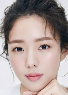 Chae Soo Bin (채수빈) - MyDramaList She was so good in I am Not a Robot. Korean Actresses, Korean Actors, Actors & Actresses, Bae Soo Bin, The Man Who Laughs, Drama News, Blind Girl, Us Actress, Cute Young Girl