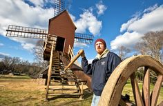 Testing the winds with Colonial Williamsburg's newly overhauled landmark windmill. bit.ly/1Xsdwce -- Mark St. John Erickson