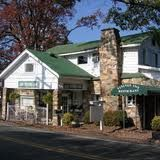 Old Vinings Inn... southern comfort food at its best (mac & cheese a MUST try)