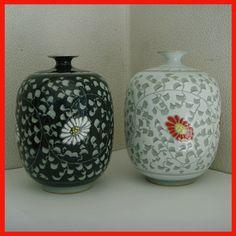 Korean Grey Celadon Porcelain Pottery Duad / Collectibles a vase /   Made in Korea  !