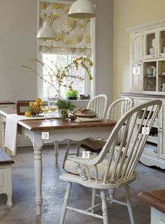 6 Imaginative Tips AND Tricks: Patio Blinds Bedrooms bathroom blinds diy.Outdoor Blinds Articles wooden blinds with curtains. Wooden Window Blinds, Living Room Blinds, Fabric Blinds, Bamboo Blinds, Wooden Blinds, Diy Blinds, Blinds Design, Diy Window Blinds, Painted Chairs