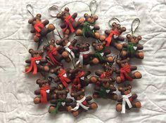 Cute teddy bears!!! Christmas ornaments, keychains, pins... So cute in all the ways!!!