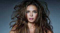 Zabudnite na mastné vlasy: Vyrobte si šampón len z 3 surovín!