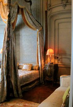 One of the most feminine guest rooms at Vizcaya is named Espagnolette. French Interior, French Decor, Interior Design, Dream Bedroom, Home Bedroom, Bedroom Decor, Beautiful Bedrooms, Beautiful Interiors, Bed Crown