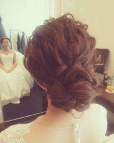 「#ヘアアレンジ#ヘアセット#ヘア#プレ花嫁#ルーズ#ウェディングドレス #ウェディングフォト #ヘアメイク#花嫁準備#ミキモト#カチューシャ#挙式#結婚式#weddingdress #wedding #hair#hairdo#bridal#Instagram#hairarrange #photo…」
