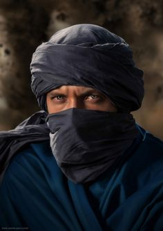 Touareg by Andre Jabali on Tuareg People, Arabian Beauty, Muslim Men, Stylish Boys, People Of The World, Interesting Faces, Character Inspiration, Beautiful People, Handsome