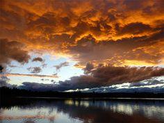 WetterTicker - Wetter live verfolgen - WetterOnline Bildquelle: M. Gräbner Das Bild wurde gestern Abend am Bannwaldsee bei Schwangau im Allgäu aufgenommen.