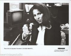 PAM-GRIER-Original-Studio-8x10-B-W-Photo-Jackie-Brown-1997