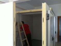 Walk in cold room installation. Cold, Projects, Log Projects, Blue Prints