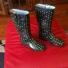 Nice Rain Boots Merona Rain Boots Merona,rubber upper textile lining, rubber outsole black and Multicolors. Merona Shoes Winter & Rain Boots
