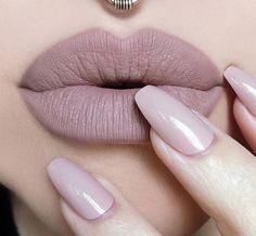 10 sublimes couleurs de rouges à lèvres mats à adopter ce printemps - Les Éclaireuses