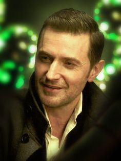 Richard Armitage as Daniel Miller in Berlin Station (2016). This is one of the few scenes in this series where he doesn't look drawn and haggard.