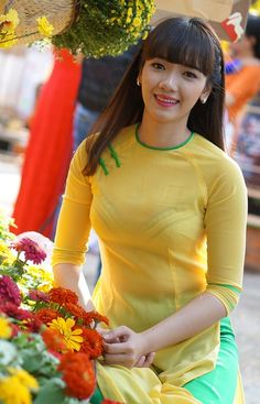 Áo dài ~ Việt Nam Sobber and simple beautiful secrets of Style's