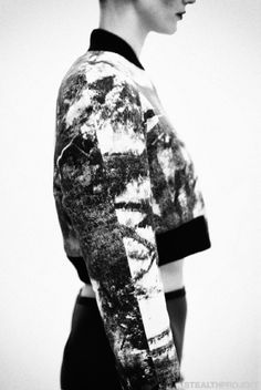Abstract print cropped top; monochrome fashion details // Strateas.Carlucci AW13