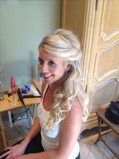 Half updo, wedding hair, bride