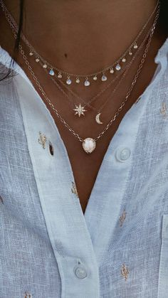 gold and diamond moonstone teardrop drip necklace - - gold and diamond moonstone teardrop drip necklace FASHION ~ Jewellery & Accessories 14 Karat Gold und Diamant Mondstein Teardrop Tropf Halskette – Luna Skye Fashion Jewelry Necklaces, Cute Jewelry, Fashion Necklace, Jewelery, Jewelry Accessories, Jewelry Design, Women Jewelry, Fashion Jewellery, Jewelry Ideas