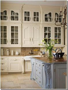 french country kitchen | Cuisine Rustique