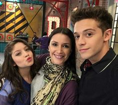 Luna, Juliana y Matteo