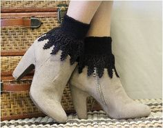 Signature Lace Socks Black - socks for boots - black - flats - ankle