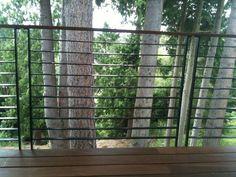 The Best Modern Deck Railing (is the one you make) - Spore Deck Railing Kits, Metal Deck Railing, Deck Railing Systems, Balcony Railing Design, Stair Railing, Railing Ideas, Deck Replacement Ideas, Cabin Decks, Modern Deck